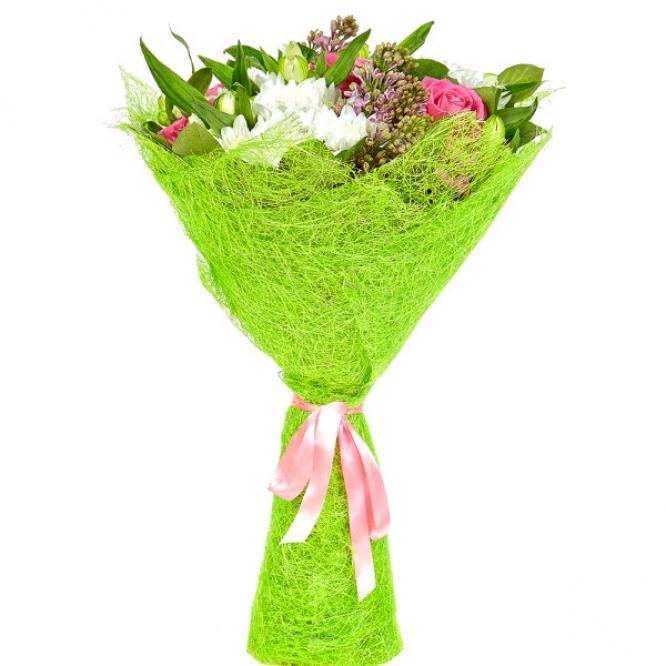 Букет цветов из розовых роз, белой альстромерии, розовой сирени, салала и белой кустовой хризантемы №4 с доставкой.