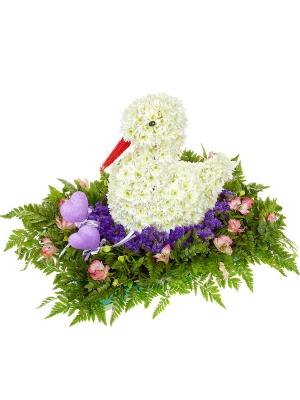 Букет-композиция из белой хризантемы, розовой альстромерии, синей статицы, сердец и папоротника №77