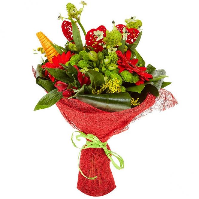 Букет цветов из красной герберы, зеленой хризантемы, желтой и красной альстромерии и аспидистр №54 с доставкой.