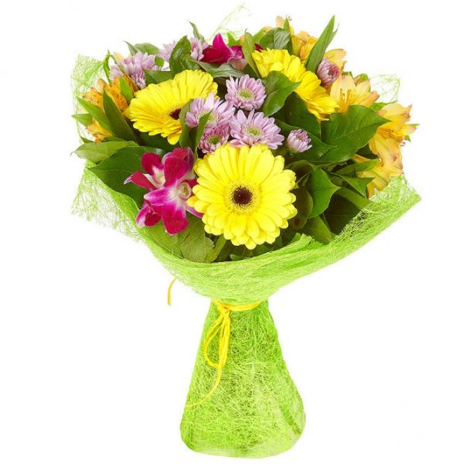 Букет цветов из желтой альстромерии, розовой хризантемы, желтой герберы и розовой орхидеи №57 с доставкой.