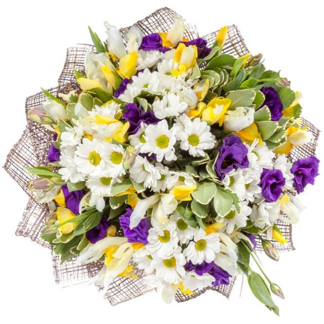 """Букет цветов из белой хризантемы """"Спрей"""", желтых ирисов и фиолетового лизиантуса (эустомы) №8"""