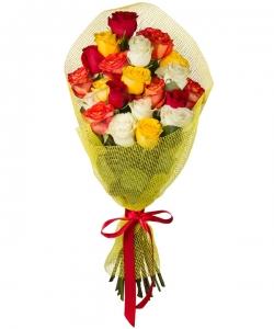 Букет цветов из микса разноцветных роз (21 штук 70 сантиметров) с доставкой по Киеву №25