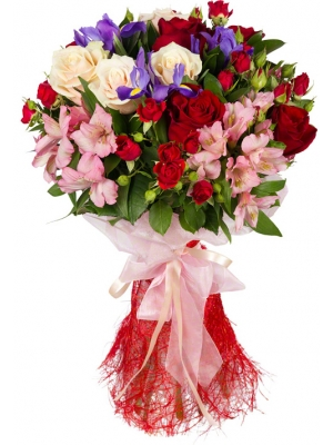 Букет цветов из кремовых и красных роз, розовой альстромерии, синих ирисов и декоративной зелени с доставкой.