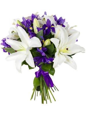 Букет цветов из белой лилии (5 веток), синих ирисов (20 штук) и декоративной зелени с доставкой по Киеву.