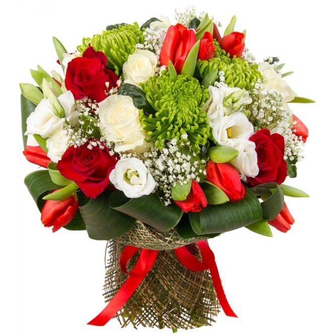 Букет цветов из красных тюльпанов и роз, зеленой однобутоновой хризантемы, эустомы и  декоративной зелени с доставкой.