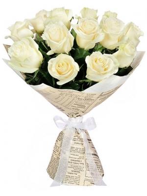 Букет цветов из белых роз (экстра класс, 15 штук, 70 сантиметров) с доставкой по Киеву.