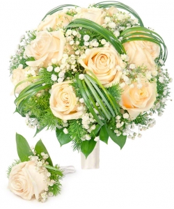 Свадебный букет невесты из кремовых роз (экстра качество, 11 штук), гипсофилы, декортивной зелени, а также бутоньерка с доставкой.