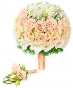 Свадебный букет невесты из розовых кустовых роз, эустомы, гипсофилы, декоративной зелени, а также бутоньерка с доставкой.