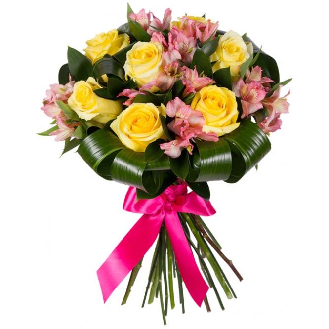 Букет цветов из розовой альстромерии (экстра класс, 7 веток), желтых роз (экстра класс,7 штук) и зелени с доставкой по Киеву.