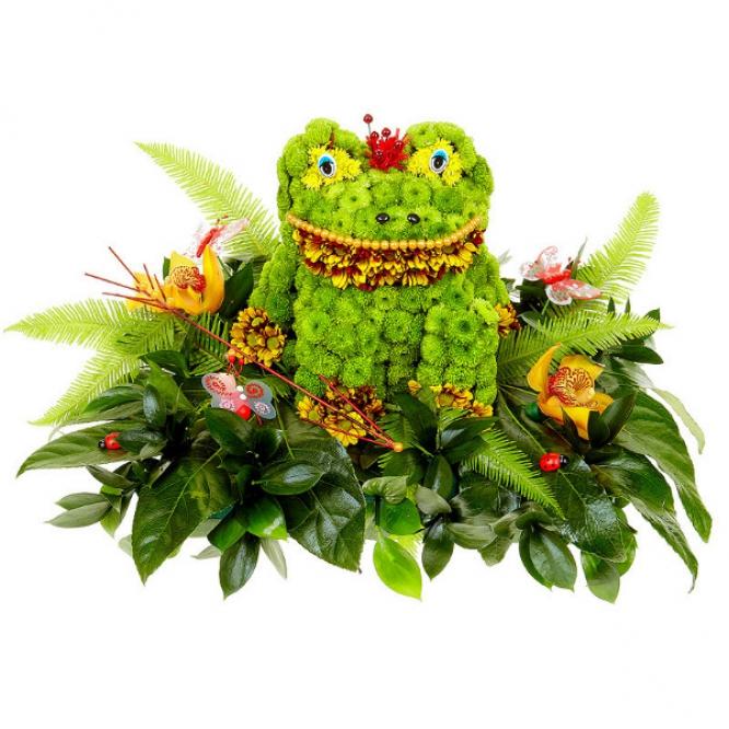 Букет-композиция из зеленой, желтой и терракотовой хризантемы, желтой орхидеи и рускуса №66