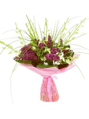 Букет цветов из белой орхидеи Дендробиум, берграсса, салала, аспидистр и розовой сирени №28 с доставкой.