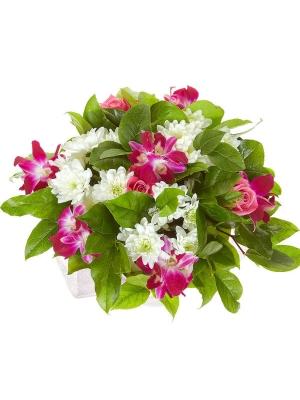"""Букет цветов из розовой орхидеи """"Дендробиум"""", белой кустовой хризантемы, салала и розовых роз №33 с доставкой."""