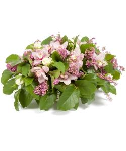 """Букет-корзина из розовой орхидеи """"Цимбидиум"""", белой кустовой розы, салала и розовой Эрики №103"""