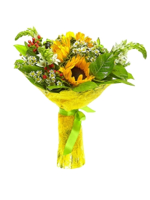 Букет цветов из темно-желтого подсолнуха, ромашек, красного гиперикума, белого орнитогалума и аспидистр №2 с доставкой.
