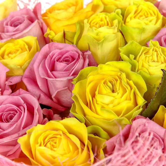 Поштучно желтые и розовые розы (экстра класс, 70 сантиметров) с доставкой №27