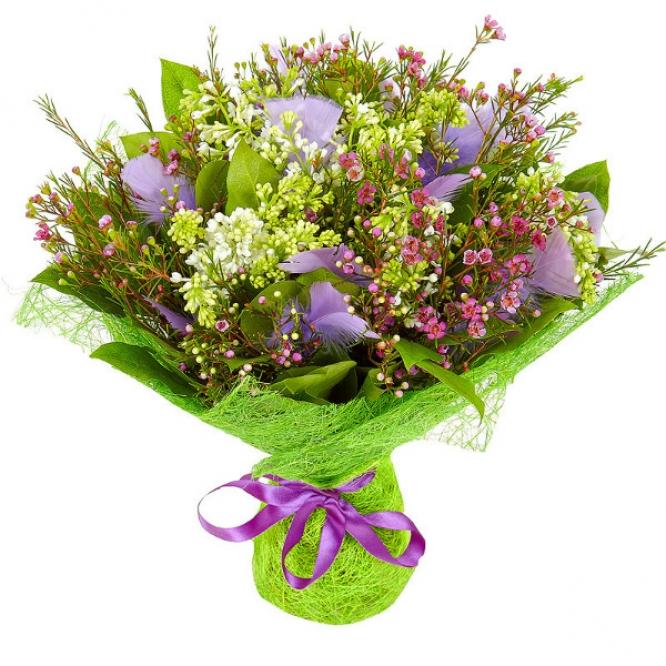 Букет цветов из салала, белой сирени, перьев и вакс №1 с доставкой.