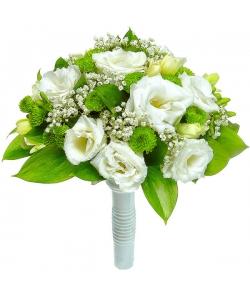 Свадебный букет невесты из зеленой хризантемы, белого лизиантуса, рускуса, гипсофилы и белой фрезии №25