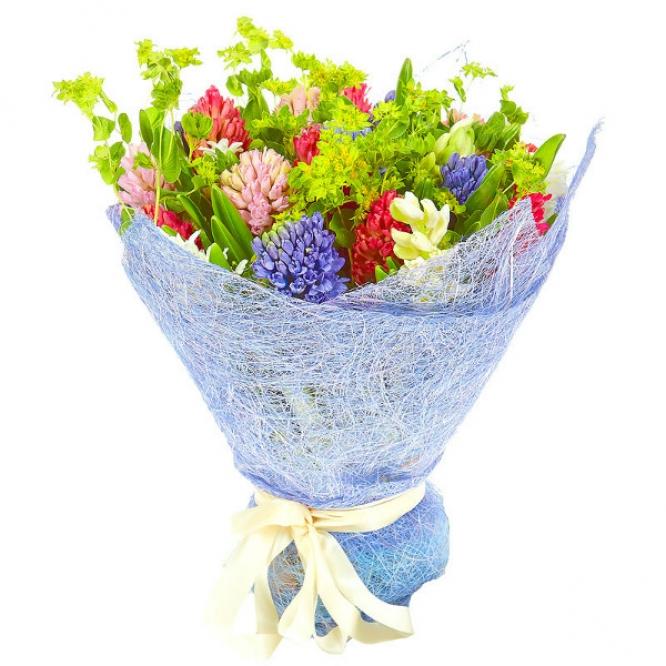 Букет цветов из разноцветного гиацинта (25 шт.) и буплерумы №32 с доставкой.