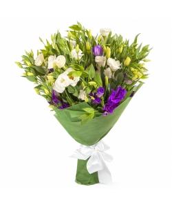 Букет цветов из белого и фиолетового лизиантуса (эустома) (21 шт.) №48 с доставкой.
