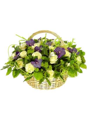 """Букет-корзина из альстромерий, хризантем, роз и орхидей """"Ванда"""" №11"""