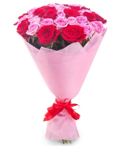 Букет цветов из красных и розовых роз №5 (45 шт.) с доставкой.