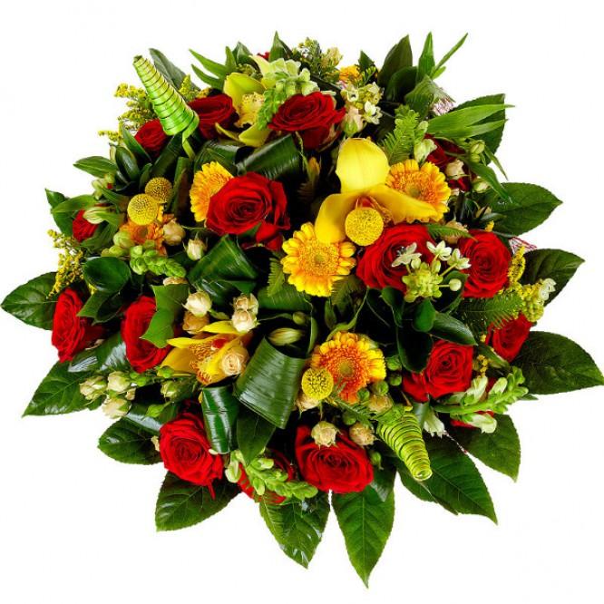 Букет цветов из белой альстромерии, желтой герберы, красных и кремовых роз и желтой орхидеи №64 с доставкой.