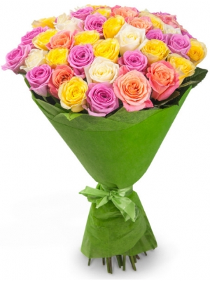 Букет цветов из розовых, желтых, кремовых и белых роз №2 (45 шт.) с доставкой.