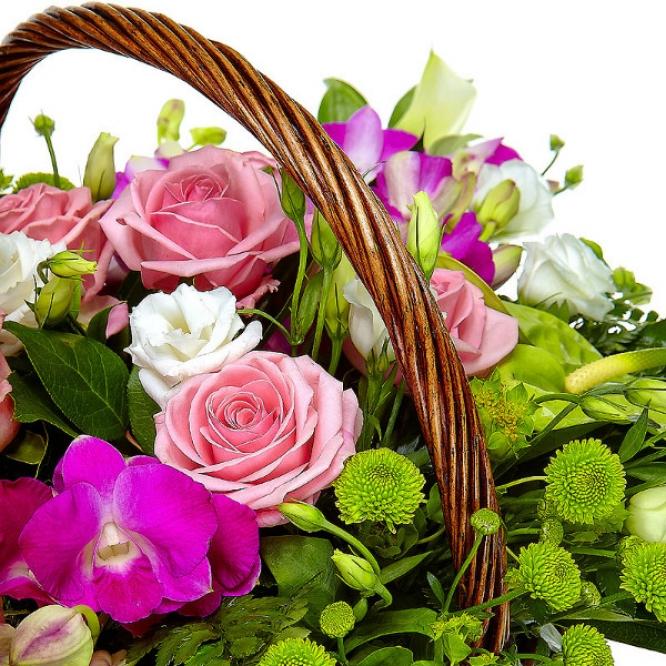 """Букет-корзина из белой хризантемы, розовых роз, белой каллы и орхидеи """"Дендробиум"""" №41"""
