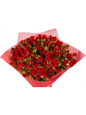 """Букет цветов из красных кустовых роз """"Мирабель"""" (15 шт.) №104 с доставкой."""