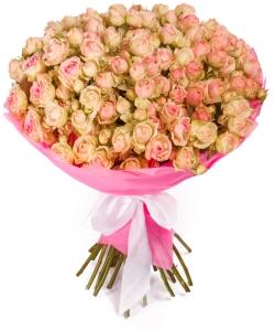 """Букет цветов из розово-кремовых кустовых роз """"Динара"""" (29 шт.) №115 с доставкой."""