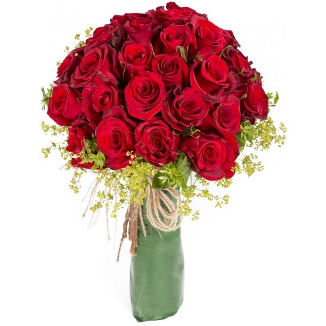 """Букет цветов из красных роз """"Фридом"""" (31 шт.) и буплерумы №122 с доставкой."""