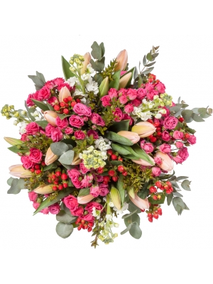 """Букет цветов из розовых кустовых роз """"Лавли Лидия"""", нежно-розовых тюльпанов, матиолы и гиперикума №125 с доставкой."""