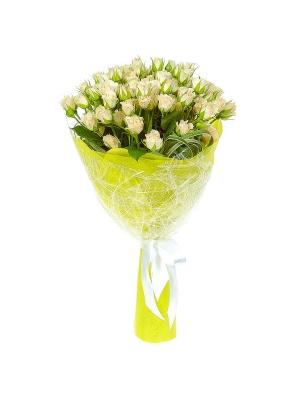 Букет цветов из кремовых кустовых роз №5 (15 штук, 70 сантиметров) с доставкой.