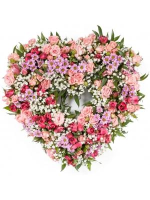 """Букет-сердце из розовых роз """"Одиллия"""", кустовой хризантемы """"Сантини"""" и красной альстромерии №107"""