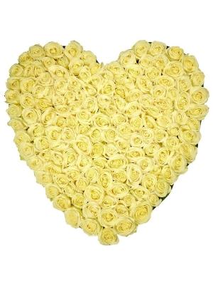 Букет-сердце из белых роз (101 шт.) №1