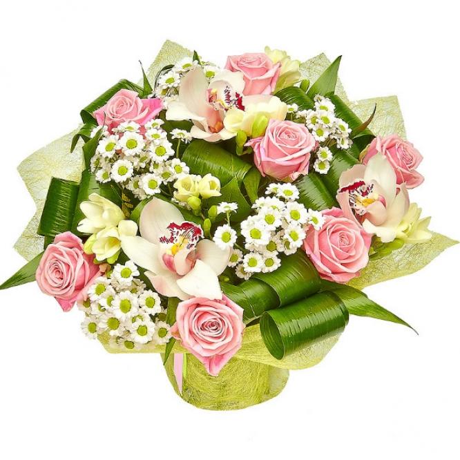 Букет цветов из розовых роз и белых орхидеи, хризантемы и фрезии №5 с доставкой.