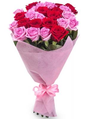 Букет цветов из красных и розовых роз №1 (25 шт.) с доставкой.