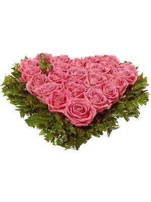 Букет-сердце из розовых роз (25 шт.) и папоротника №21