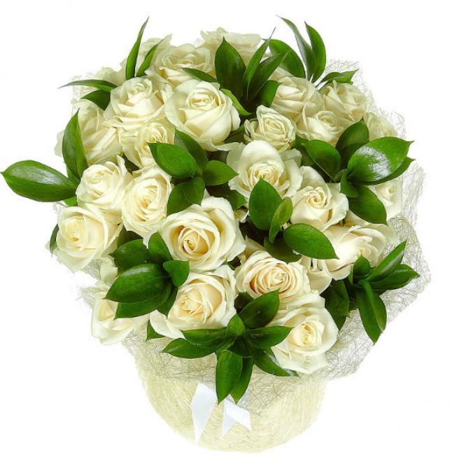 Букет цветов из белых роз №12 (25 шт.) с доставкой.
