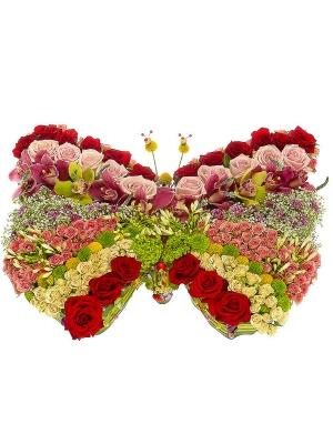 Букет-бабочка из хризантем, роз, орхидей и агапантуса №19