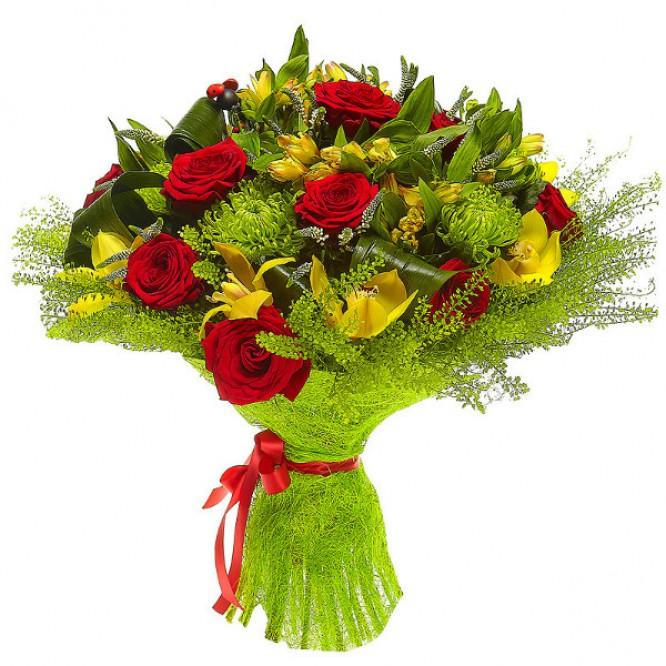 Букет цветов из желтых альстромерии и орхидеи, зеленой хризантемы и красных роз №23 с доставкой.