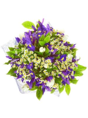 Букет цветов из белых тюльпанов, синих ирисов, салала и ромашек №29 с доставкой.