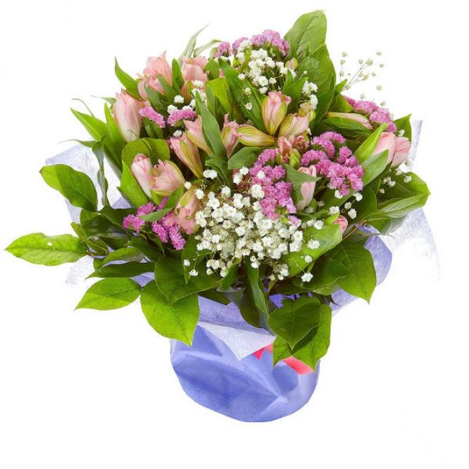 Букет цветов из розовой альстромерии, тюльпанов и статицы, а также гипсофилы №58 с доставкой.